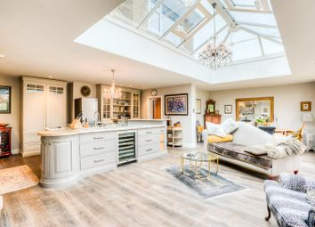 Thumbnail 6 bed detached house for sale in Park Road, Leamington Spa