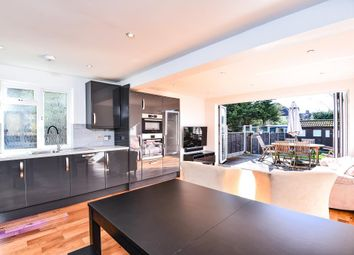 Thumbnail 2 bed maisonette to rent in Windsor Road, Barnet