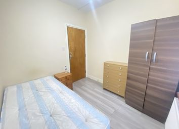 Thumbnail Room to rent in Castleton Road, Goodmayes, Ilford