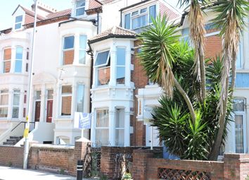 Room to rent in Waverley Road, Southsea PO5