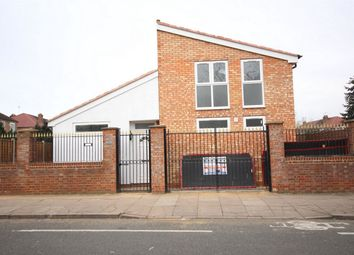Thumbnail 3 bed detached house to rent in Stockdove Way, Perivale, Greenford