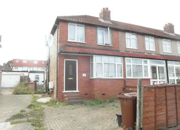 Thumbnail 2 bed detached house to rent in Tenby Road, Edgware