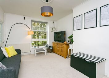 Thumbnail 3 bed flat to rent in Gracefield Gardens, London