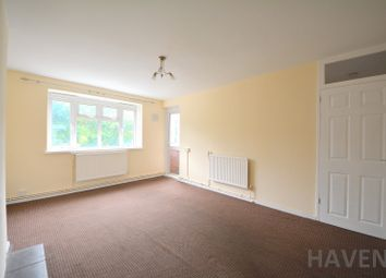 Thumbnail 3 bed flat to rent in Central Avenue, East Finchley, London