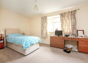 Thumbnail 2 bed detached bungalow for sale in The Ridgewaye, Southborough, Tunbridge Wells