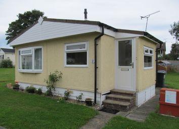 Thumbnail 1 bed mobile/park home for sale in Blackbushe Park, Dungells Lane (Ref 5562), Yateley, Hampshire