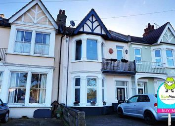 Thumbnail 2 bedroom flat for sale in Shaftesbury Avenue, Southend-On-Sea