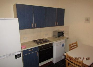 Thumbnail 4 bed flat to rent in Reform Street, Dundee