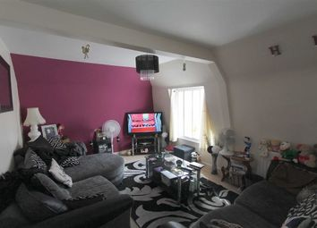 Thumbnail 2 bedroom flat to rent in Aynscombe Angle, Orpington, Kent