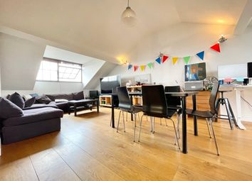 Thumbnail 3 bedroom flat to rent in Long Lane, London