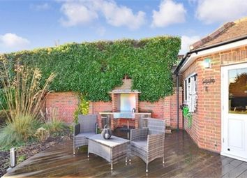 Thumbnail 4 bedroom detached house to rent in Calfstock Lane, Dartford, Kent