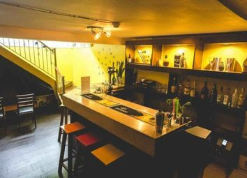 Thumbnail Pub/bar to let in Trafalgar Road, London
