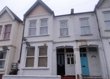 Thumbnail Maisonette to rent in Byegrove Road, Colliers Wood, London