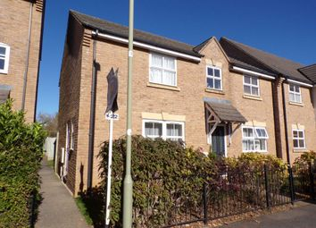 2 bed flat to rent in Bryony Road, Bicester OX26