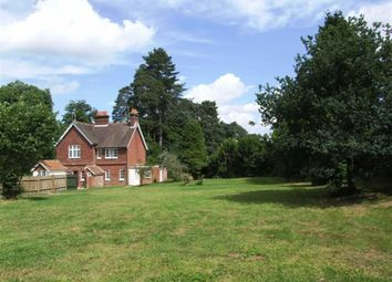 Thumbnail 2 bed cottage to rent in Swissland Hill, Dormans Park, West Sussex