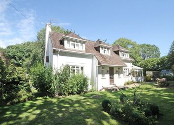 Thumbnail 3 bed detached house for sale in Burchetts Green Road, Maidenhead