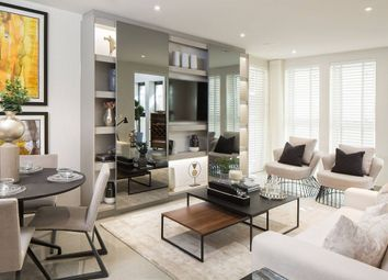 Thumbnail 3 bed flat for sale in Blackfriars Circus, London