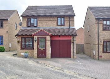 Thumbnail 3 bed detached house for sale in Hexham Gardens, Bletchley, Milton Keynes, Buckinghamshire