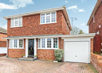 Thumbnail 4 bed detached house to rent in Lynwood Chase, Bracknell