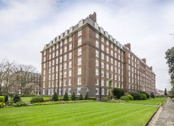 Thumbnail 2 bedroom flat for sale in Rivermead Court, Ranelagh Gardens