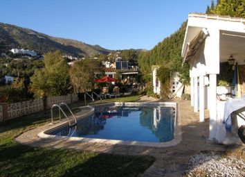 Thumbnail 3 bed villa for sale in Spain, Málaga, Mijas