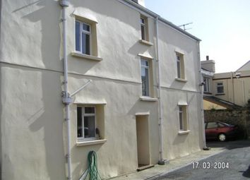 2 bed flat to rent in Main Road, Ballasalla IM9