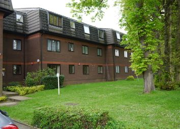 Thumbnail 1 bed flat to rent in Woodridge Close, Enfield, Middx