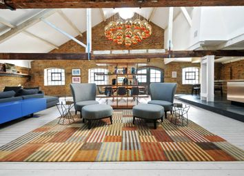 Thumbnail 2 bed flat to rent in Metropolitan Wharf E1W, London