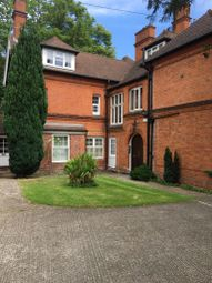 Thumbnail Flat to rent in Middle Hill, Englefield Green, Egham