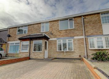 Ballards Walk, Laindon, Basildon SS15. 3 bed terraced house