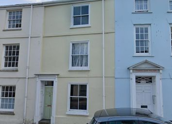 3 bed property to rent in Broad Street, Penryn TR10
