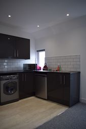 Thumbnail 1 bed flat to rent in The Pavilion, Nottinghamshire