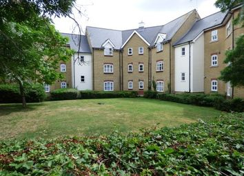 2 bed flat to rent in Laindon, Basildon SS15