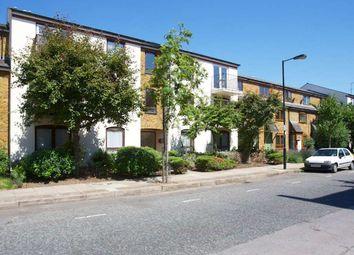 Thumbnail Flat to rent in Lofting Road, London