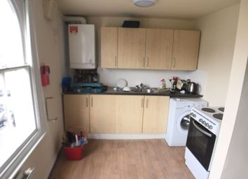 Thumbnail 2 bed flat to rent in Moscow Road, London
