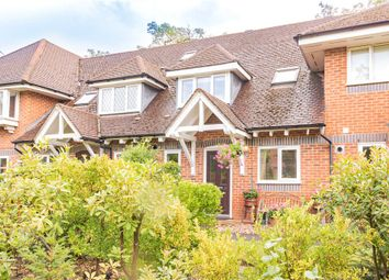 Masefield Gardens, Crowthorne, Berkshire RG45. 2 bed terraced house
