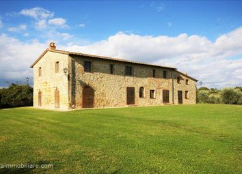 Thumbnail 10 bed farmhouse for sale in Sp321, Cetona, Tuscany