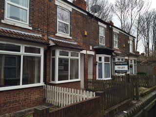 Thumbnail 2 bedroom terraced house to rent in Poplar Avenue, Reynoldson Street, Hull