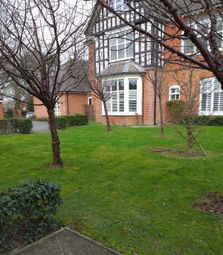 Thumbnail 2 bed flat to rent in Springfield Gardens, West Wickham