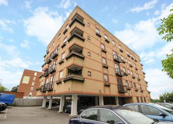 Thumbnail 2 bed flat for sale in Town Centre, Aylesbury