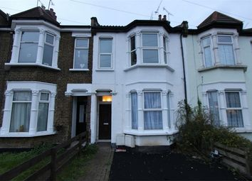 Thumbnail 2 bedroom flat to rent in Sutton Road, Southend-On-Sea, Essex