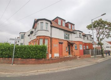 Estuary Heights, Valkyrie Road, Westcliff-On-Sea SS0. 2 bed flat