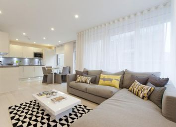 Thumbnail 3 bed flat to rent in Friend Street, Clerkenwell