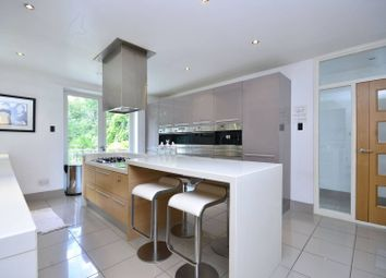 Thumbnail 5 bed property to rent in White Orchards, Totteridge