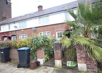 4 bed terraced house to rent in Trinity Street, Enfield EN2