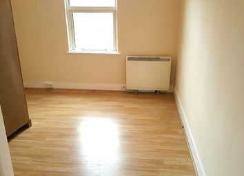 Thumbnail 2 bed flat to rent in Ordnance Road, Enfield