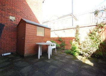 1 bed property to rent in Tiller Road, London E14