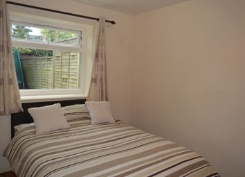 Thumbnail Room to rent in Gunner Lane, London