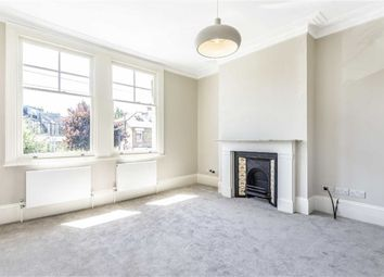 3 bed flat to rent in Gatcombe Road, London N19
