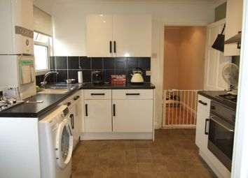 2 bed flat to rent in Princes Street, Southend-On-Sea SS1